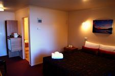 Hotel Room Alt View 2 Lakes Lodge Wilderness Retreat