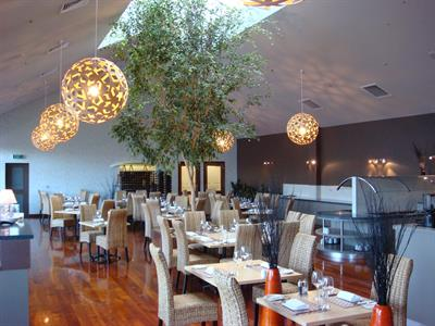 DH Palmerston North - Nosh Restaurant Distinction Palmerston North Hotel & Conference Centre