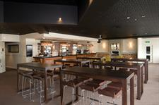 DH Palmerston North - Bar One7Five Distinction Palmerston North Hotel & Conference Centre