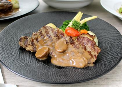 Dining Swiss-Belresidences Kalibata