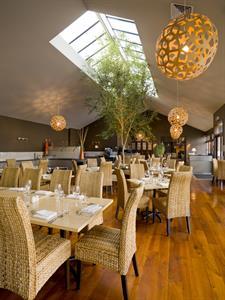 DH Palmerston North - Nosh Restaurant (portrait) Distinction Palmerston North Hotel & Conference Centre