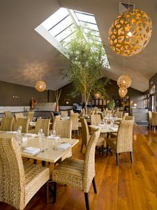 DH Palmerston North - Nosh Restaurant (portrait)