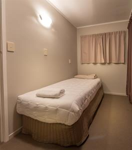 Top House-single bedroom