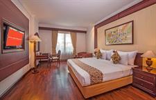 Business Room Arion Swiss-Belhotel Bandung