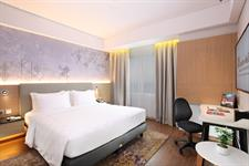 Deluxe Double Bedroom