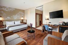 New Grand Deluxe