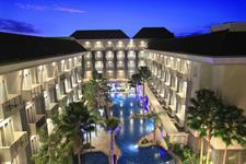 Hotel Building Exterior Swiss-Belhotel Danum Palangkaraya