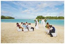 Signing the certificates Muri Beach Club Hotel