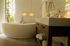 mapara guest suite bathe in luxury