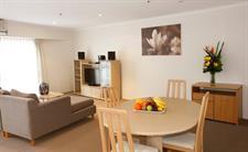 Deluxe Room Lounge The York Sydney by Swiss-Belhotel, Sydney CBD