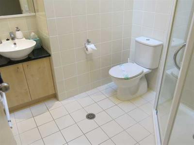 Three bedroom apartment second bathroom facilities Ocean Breeze