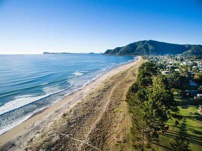 Pauanui surf beach early morning calm Ocean Breeze