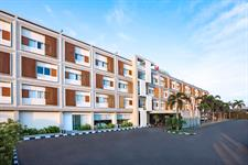 Hotel Facade Swiss-Belinn Cibitung
