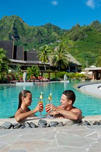 b - IC Moorea-pool3