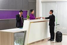 Receptionist Swiss-Belinn Cibitung
