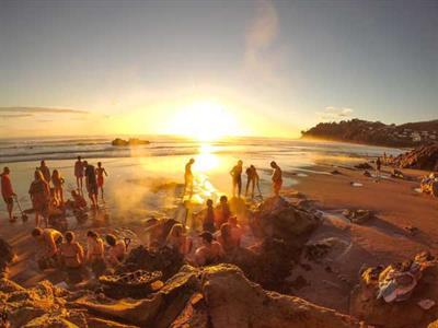 Hot Water Beach Coromandel Ocean Breeze