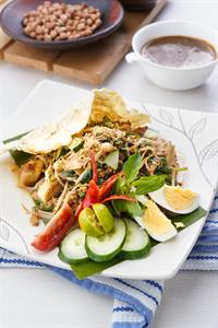 Gado - Gado (Mixed Vegetable with Peanut Sauce)