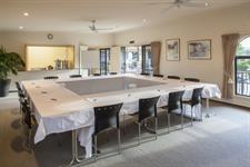 Book your conference with Tuscany Villas Whakatane