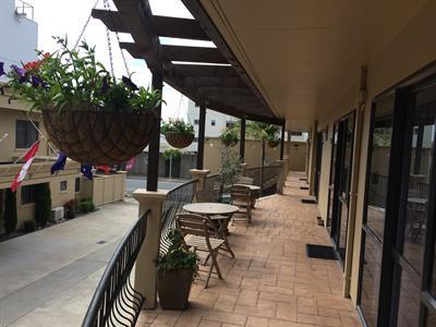 Lovely open balcony space at Tuscany Villas Tuscany Villas Whakatane