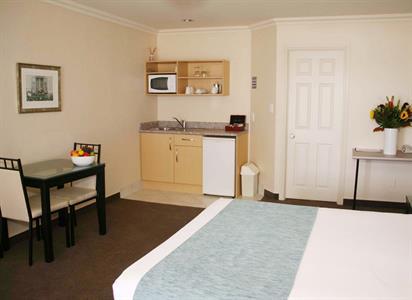 Deluxe Studio accommodation Whakatane Tuscany Villas Whakatane
