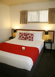 Queen or king bed provided in One Bedroom Suite