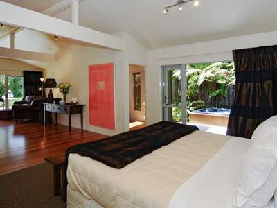 Rest and relax in the guesthouse bedroom