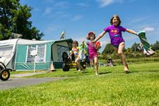 Running To The Pool Whanganui River TOP 10 Holiday Park