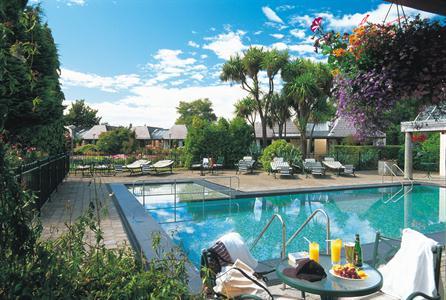DH Te Anau - Pool Distinction Te Anau Hotel & Villas