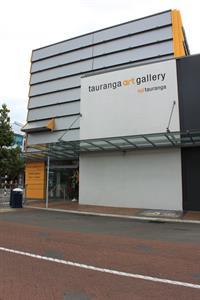 Visit Tauranga Art Gallery Harbour City Motor Inn Tauranga Motel