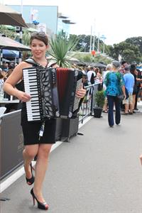 Accordeon On The Strand