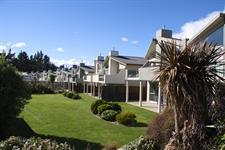 Distinction Wanaka - Exterior 1 ARW Distinction Wanaka Alpine Resort