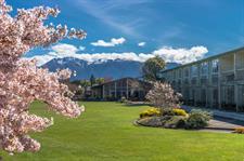 DH Te Anau - Exterior Spring Distinction Te Anau Hotel & Villas