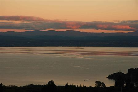 sunrise over the Kaimanawas