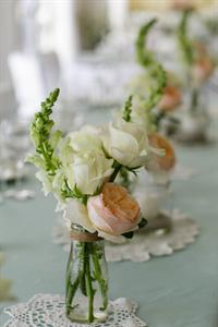Flower Settings - Emma & Sam Charlemagne Lodge