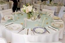 Beautiful table setting - Emma & Sam Charlemagne Lodge