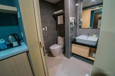 Studio Bathroom Swiss-Belhotel Kuantan