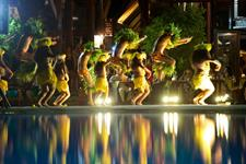 e - Moorea Pearl Resort & Spa - dance show