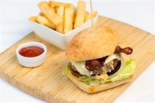 Discovery Settlers - Dining Settlers Burger