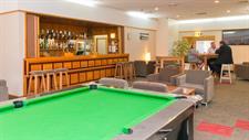 DH Whangarei - Anchor Down Lounge Bar 74 Distinction Whangarei Hotel & Conference Centre