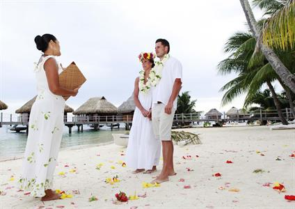 g - Moorea Pearl Resort & Spa - wedding2
