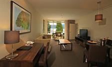 DH Te Anau - Deluxe Lake View Hotel Suite R160106 Distinction Te Anau Hotel & Villas