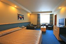 DH Luxmore - Deluxe Accessible Hotel Room R16213