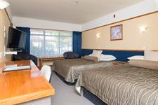DH Hamilton - Standard Twin Room RL20