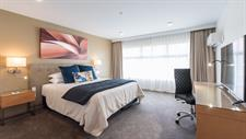 DH Hamilton - Superior King Suite RL69