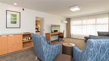 DH Hamilton - Superior King Suite RL78