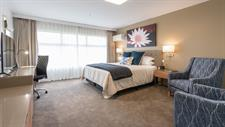 DH Hamilton - Superior Family Suite Bedroom 1 RL9