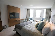DH Christchurch - Superior King Room SE5485 Distinction Christchurch Hotel