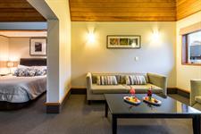 DH Te Anau Garden Villa Room MD9888 Distinction Te Anau Hotel & Villas