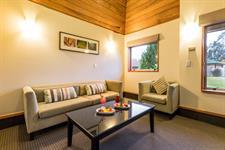 DH Te Anau Garden Villa Room MD9896 Distinction Te Anau Hotel & Villas