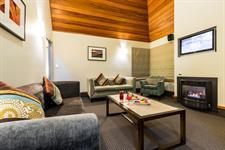 DH Te Anau Deluxe Garden Villa Suite MD9948 Distinction Te Anau Hotel & Villas